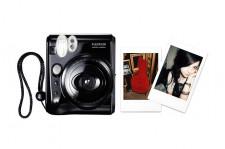 Produkowane przez Fuji Instaxy są bliższe pierwotnej idei zdjęć natychmiastowych niż najnowszy model Polaroid. Na zdjęciu: Mini 50s.