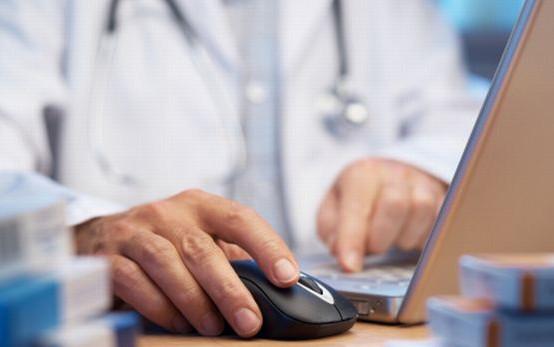 Do końca 2013 r. Ministerstwo Zdrowia ma przedstawić rozwiązania, które umożliwią rozwój prywatnych ubezpieczeń zdrowotnych.