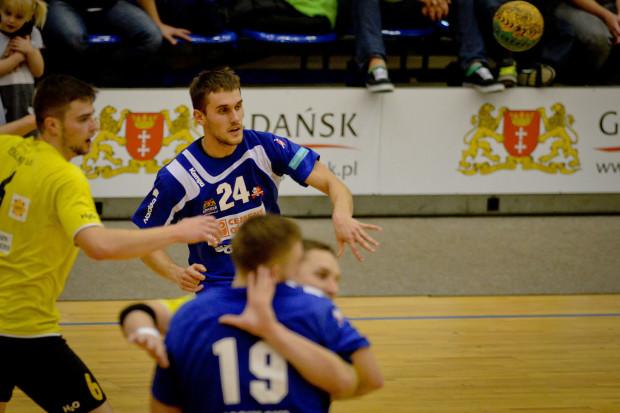 Obchodzący imieniny w dniu meczu z Grunwaldem, Andrzej Rakowski był najbardziej bramkostrzelnym zawodnikiem Wybrzeża.