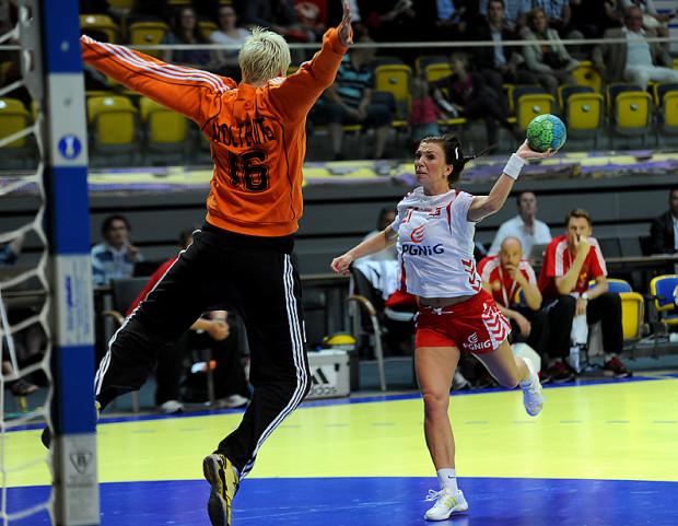 Katarzyna Koniuszaniec zdobyła 8 bramek, a Polska odniosła najwyższe zwycięstwo w pierwszej serii meczów finałów mistrzostw świata.
