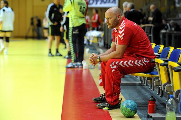 Trener polskiej kadry Kim Rasmusen po meczu z Norweżkami świętować zwycięstwa wprawdzie nie mógł, ale jego podopieczne i tak awansowały do dalszych gier w mistrzostwach świata.