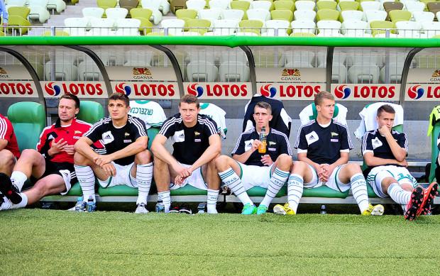 Najwyraźniej Lechię czeka kilka tygodni niepewności. Jak i czy zawirowania właścicielskie w klubie odbiją się na postawie gdańskich piłkarzy?