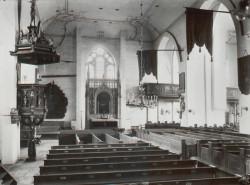 Wnętrze świątyni, w której modlili się ewangelicy.