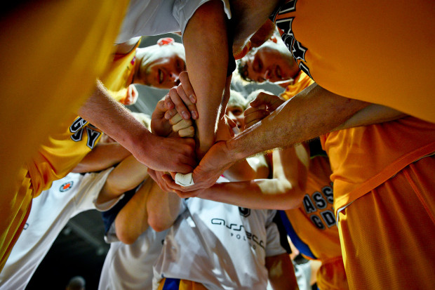 Pierwszy mecz w nowym roku okazał się szczęśliwy dla Asseco. Gdyńscy koszykarze pokonali Anwil dzięki zespołowej grze.