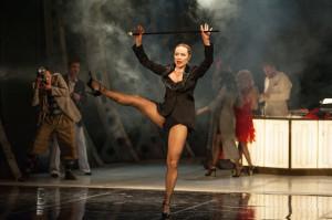 """W sztuce """"Kolibra lot ostatni"""" Witoldo nie stroni od taniej rozrywki w podrzędnych gdyńskich knajpkach w ostatnią noc przed rejsem do Argentyny. Premiera spektaklu 18 stycznia w Teatrze Miejskim."""