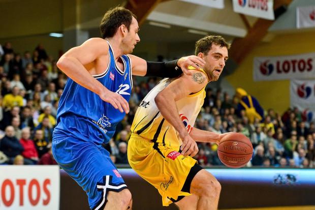 Świetne spotkanie w ataku rozegrał Marcin Stefański, który wraz z Adamem Waczyńskim i Pawłem Leończykiem zgromadzili po 13 punktów.