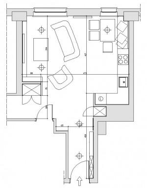 Koncepcji druga. Występująca w deweloperskim rozkładzie mieszkania i utrzymana w koncepcji pierwszej wnęka na lodówkę staję się miejscem szafy wnękowej, z dostępem od strony przedpokoju.
