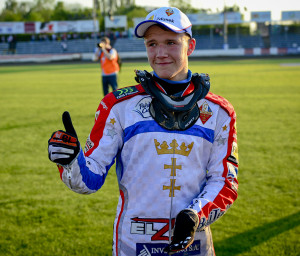 Wybrzeże powinno zrobić wszystko, aby utrzymać w Gdańsku Krystiana Pieszczka, gdyż utalentowany nastolatek cieszy się w Trójmieście uznaniem.