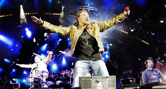 Równie dobrze, co Robbie Williams, na otwarciu stadionu w Gdańsku mogłaby zagrać legenda rocka Guns'n'Roses.