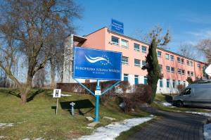 Europejska Szkoła Wyższa, mieszcząca się przy ul. Zamkowa Góra 25, jeszcze dziś ma zacząć normalnie funkcjonować.