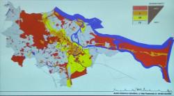 KREM dzieli obszar miasta na cztery strefy pod kątem rygorów dla nowych reklam. Kolor czerwony oznacza duże restrykcje, jasnoszary - niewielkie.