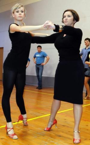 Studio Tańca Contra organizuje zajęcia specjalnie dla grupy wiekowej 40+.
