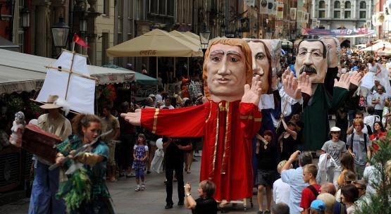 Jarmark św. Dominika to nie tylko szał kupowania, ale i imprezy artystyczne.