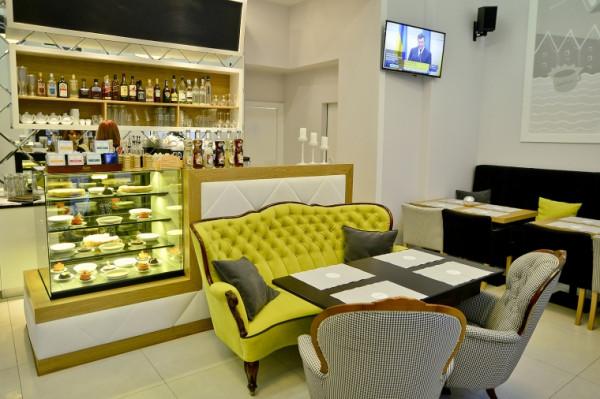 Lookier Cafe to elegancka i kameralna restauracja przy Długiej.