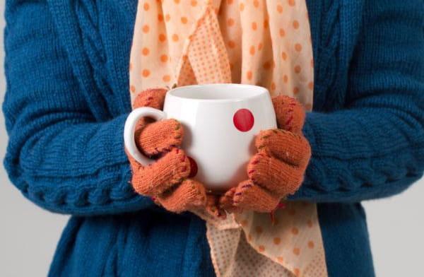 Często bywa tak, że zimne stopy, dłonie czy np. nos są indywidualną cechą danej osoby. Czasem jednak mogą być oznaką poważniejszego problemu.
