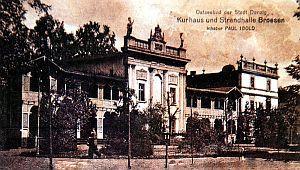 Kurhaus, czyli Dom Zdrojowy, stoi w Brzeźnie do dziś.