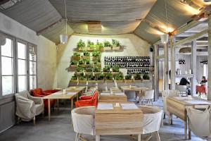 Grono di Rucola to kameralna restauracyjka z wyszukaną kuchnią nieopodal sopockiego lasu.