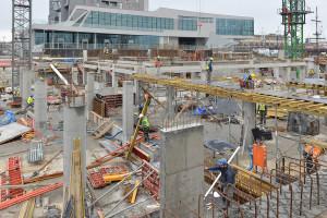 Prace przy budowie zespołu biurowo-hotelowego Gdynia Waterfront mają się zakończyć latem 2015 roku.