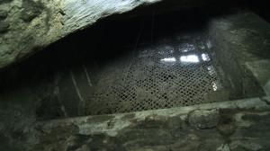 Już dziś piwnice Ratusza Głównego Miasta mówią wiele o życiu średniowiecznego Gdańska. Takie detale jak haki w ścianach, zawiasy od drzwi, progi, sklepienia i przede wszystkim cegły są dla fachowców kopalnią wiedzą na temat naszych przodków.