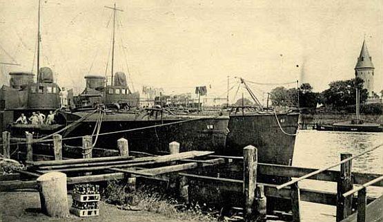 Wisłoujście, początek XX wieku. W tym miejscu mógł zacumować SMS Cormoran po powrocie z ponad sześcioletniej  eskapady na Pacyfik.