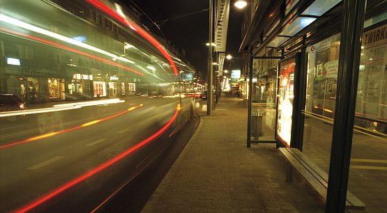 Niestety, wciąż wielu pasażerów ogląda jedynie tył odjeżdżającego autobusu.