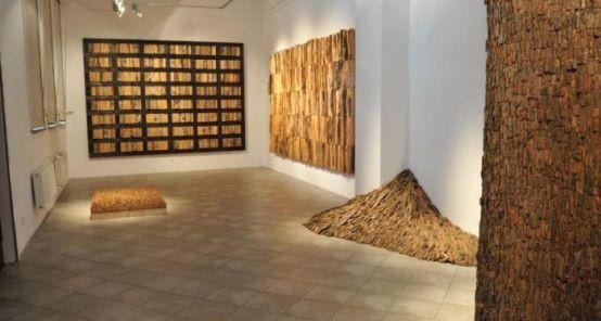 """W sierpniu w Gdańskiej Galerii Miejskiej można było obejrzeć """"Tabularium"""", czyli drewniane królestwo Jana de Weryhy-Wysoczańskiego"""