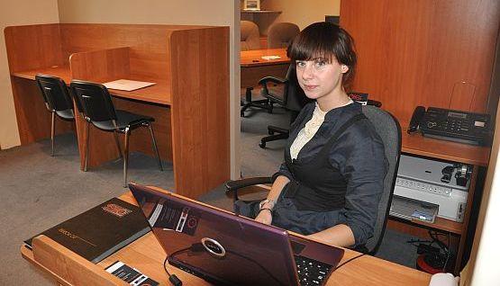 - Z biura na godziny korzystać będą głównie wolni strzelcy, którzy załatwiają sprawy w Śródmieściu Gdańska - przekonuje Anna Bojarowicz z One Hour Office.