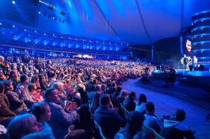 Zarówno w piątek, jak i sobotę publiczność dopisała, zapełniając trybuny Opery Leśnej niemal do ostatniego miejsca.