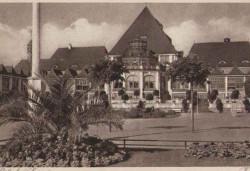 Jedno z pochodzących z początku XX wieku zdjęć, na podstawie których rewitalizowano przez ostatnie tygodnie zieleń przy Skwerze Kuracyjnym.