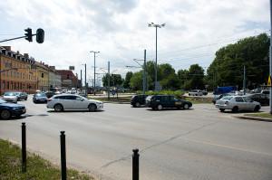 Węzeł Hucisko wymaga nie tylko malowania nowych pasów, ale także przejść dla pieszych i obszarów wyłączonych z ruchu.