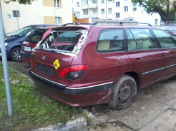 Samochód ma zostać usunięty w ciągu najbliższych dni.