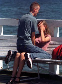 Uzależnienie od partnera może okazać się na dłuższą metę destrukcyjne dla związku.