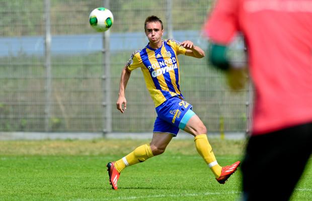 Marcin Warcholak zdobył kontaktową bramkę dla Arki w meczu z Apolem, ale gdynianom zabrakło czasu, by doprowadzić do remisu z mistrzem Cypru.