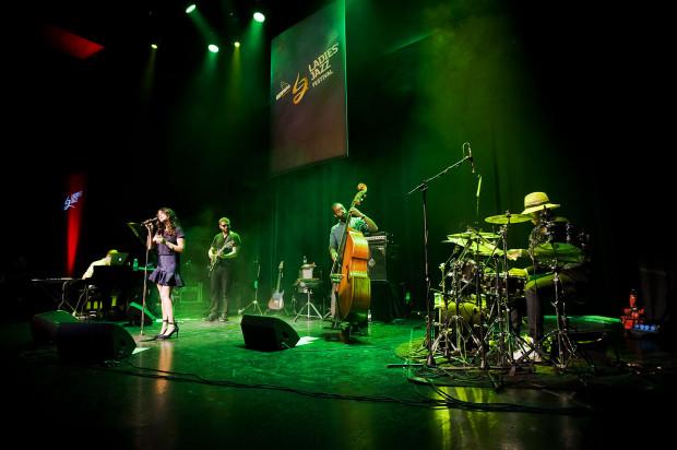 Kanadyjska wokalistka Nikki Yanofsky oczarowała publiczność Ladies' Jazz Festivalu.