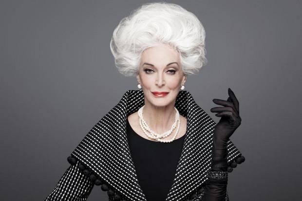 Carmen Dell'Orefice (83 lata), jedna z najstarszych aktywnych zawodowo modelek.