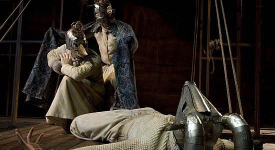 """Włoski spektakl """"Hamlet. Cisza ciała"""" jest zapowiedzią Festiwalu Szekspirowskiego."""