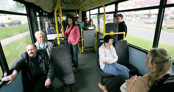 W gdyńskich autobusach już niemal nikt nie używa papierowych biletów miesięcznych.