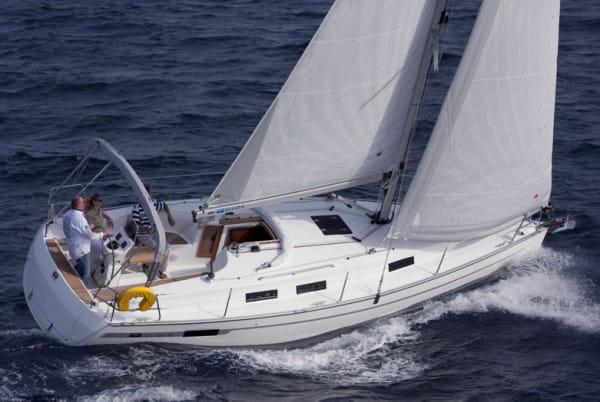 Awangardowy jacht Bavaria 32