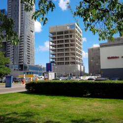 Działkę nieopodal Multikina chce przejąć budujący tam hotel Swedecenter.