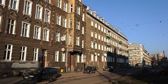Ul. Łąkowa i inne ulice Dolnego Miasta mają odzyskać dawny blask. Nie wcześniej jednak niż za 3 lata.