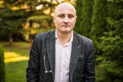 Dr Janusz Wojtacki.