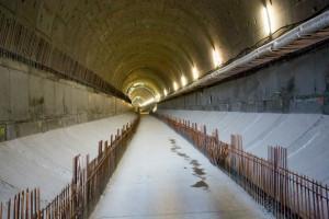 Tą rurą tunelu pod Martwą Wisłą przeszło w niedzielę kilka tysięcy osób.