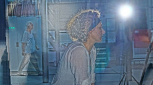 """Na koniec Festiwalu Wybrzeże Stuki wielbiciele teatru otrzymają wyjątkową okazję, by zobaczyć najświeższe przedstawienie Krystiana Lupy - trwający 4,5 godziny spektakl """"Wycinka Holzfällen"""" Teatru Polskiego we Wrocławiu obejrzeć można w czwartek 13 listopada na Dużej Scenie Teatru Wybrzeże."""