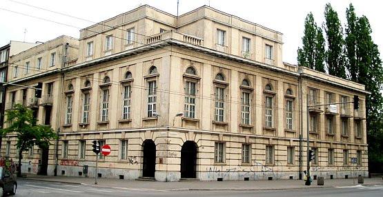 Gmach w centrum Gdyni jest na sprzedaż. Cena - podobno niska: 12 mln zł.