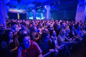 Bartosiewicz zaczynała na początku lat 90. Nic więc dziwnego, że koncert połączył kilka pokoleń fanów.