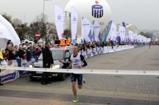 Zwycięzca biegu Łukasz Kujawski.