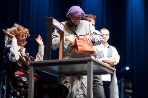 Występ Kabaretu Neo - Nówka rozbawił publiczność do łez.