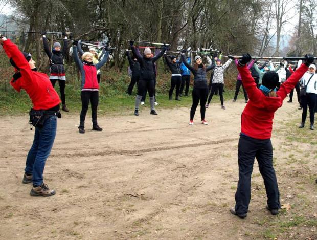 Migawki z pierwszego jesiennego treningu nordic walking zorganizowanego przez kadrę Grupy Rowerowej 3miasto w ramach przygotowań do Imprezy pt. Zimowe Szlaki Szwecji.