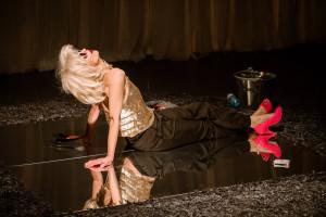 """""""Ślad"""" w reż. Marii Seweryn z Teatru WARSawy w Warszawie pokazany zostanie w Teatrze w Oknie 7 grudnia."""