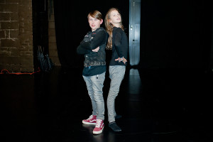 Tytułowi bohaterowie - Bolek czyli Jan Pietrucha i Lolek czyli Julia Niekowal - swoje kwestie mają świetnie opanowane. Zresztą, po dwóch miesiącach pracy nad spektaklem dzieci doskonale wiedzą co i jak mają robić.